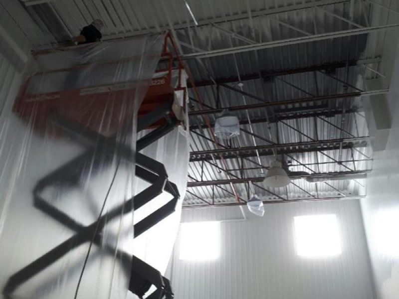 Peinture industrielle en hauteur en Montérégie