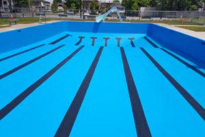 Peinture de piscine municipale à Montréal